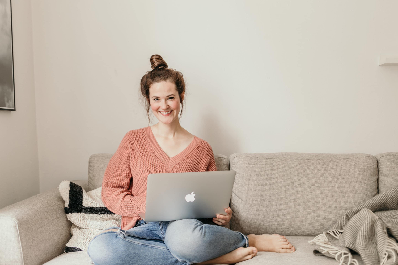 eBook oder gedrucktes Buch? - Erfahre die Vor- und Nachteile und Top-Tipps zur Entscheidung - Mia Keller